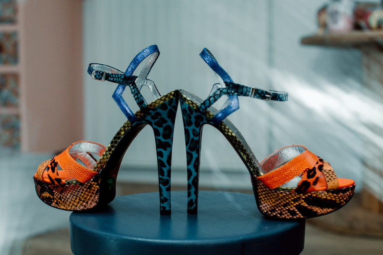 Chaussures de la mariée caroline Bouchez photographe mariage Vendée